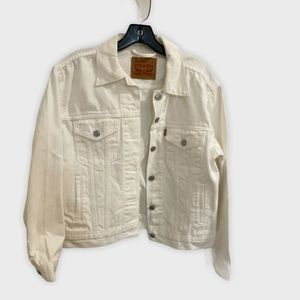 Levi's white jean jacket with studs, size …